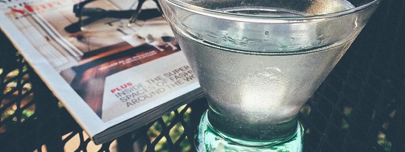 woda-pitna-w-szklance